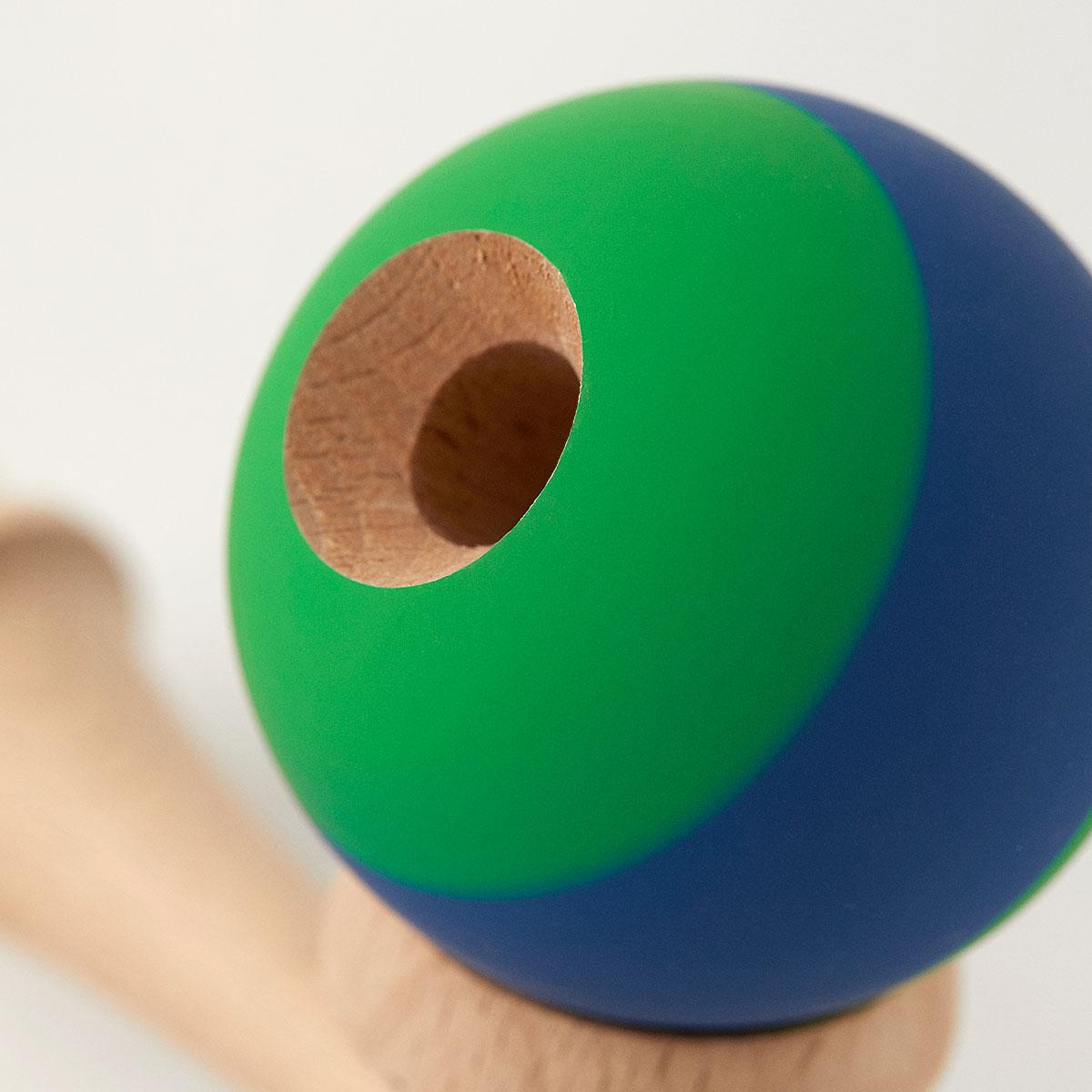 KROM Rubber Stripe Green w. Dark Blue kendama