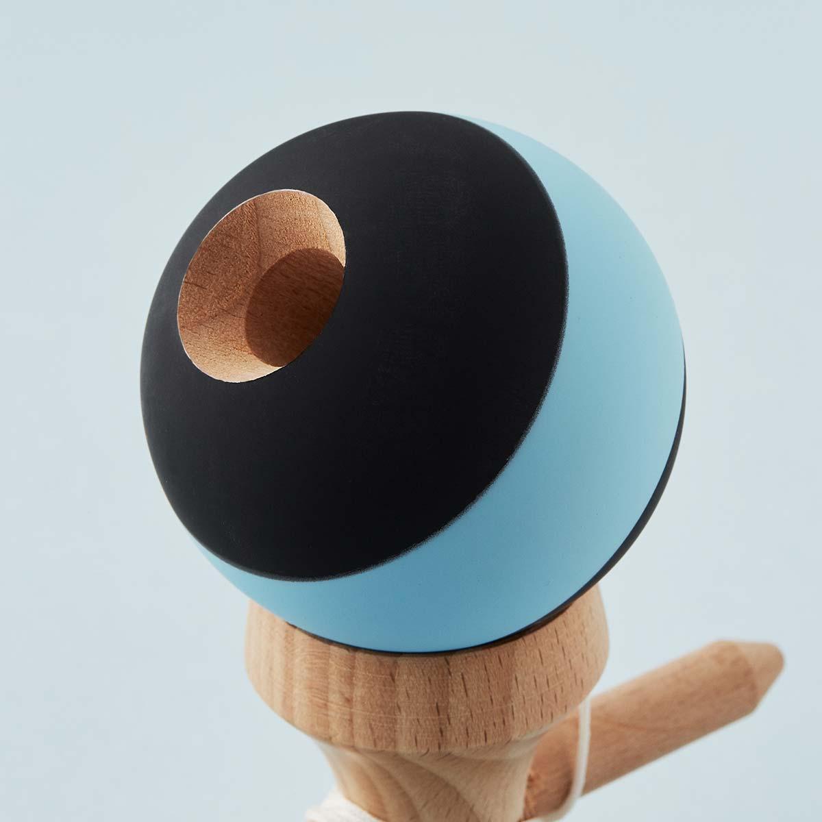 KROM Rubber Stripe Black w. Light Blue kendama