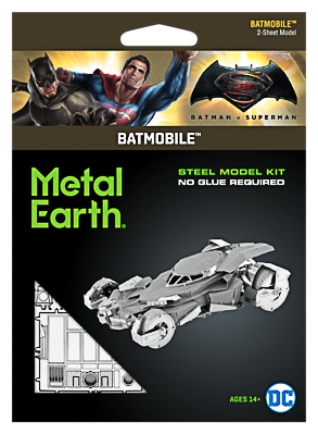 Metal Earth ''Batman v Superman Batmobile''